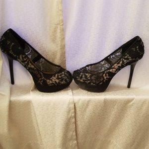 Women's Lacy heels